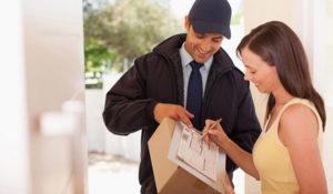 Come spedire un pacco online in Italia ed Europa a basso costo