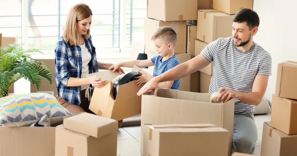 spedire pacco facile da casa
